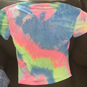 Tie Dye cut out v neck tee !